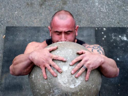 Atlas stone 2